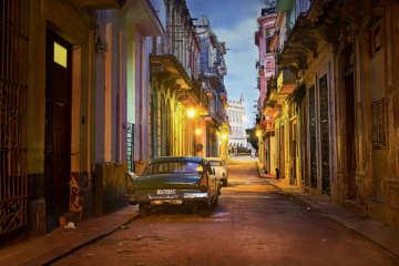 Dawn, Streets of Havana